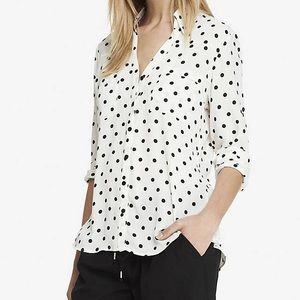DOTTED EXPRESS BUTTON UP